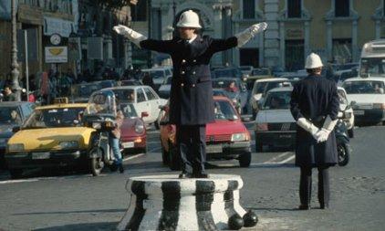 Traffic-in-Rome-007